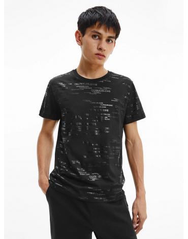 Calvin Klein camiseta de algodón orgánico con logo en toda la prenda J30J317503 BEH